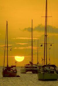 Bareboatzeilen Verenigde Staten Fort lauderdale (Florida) - Voor anker met zonsondergang